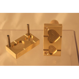 Perlenpresse 2 Herzen flach 20/30mm DF senkrecht_4082